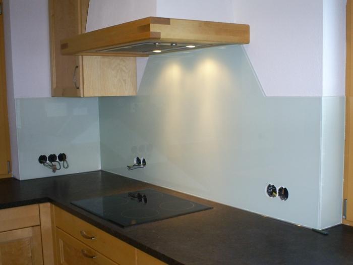 Küchenverglasung_38.JPG